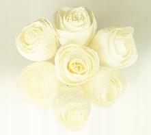 Kwiaty z krepiny dekoracje ślubne