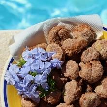Ciambelle al Vino czyli wegańskie winne ciasteczka  po przepis zaprasza, na bloga (link po kliknięciu na zdjęcie) :)