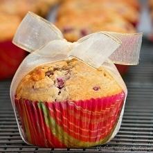 Pełnoziarniste muffinki z m...