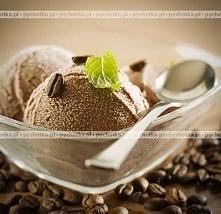 Orzechowe lody w kawie