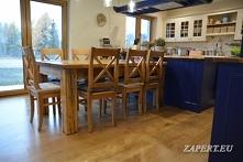 Rustykalny stół do kuchni lub jadalni wykonany w mojej stolarni. Stół jest drewniany,stylizowany na stary