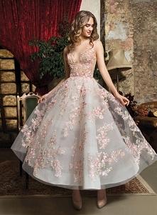 #suknia #apliacje #kwiaty
