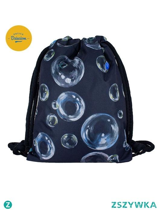 Plecak z misją pomagania ''Bańki mydlane''