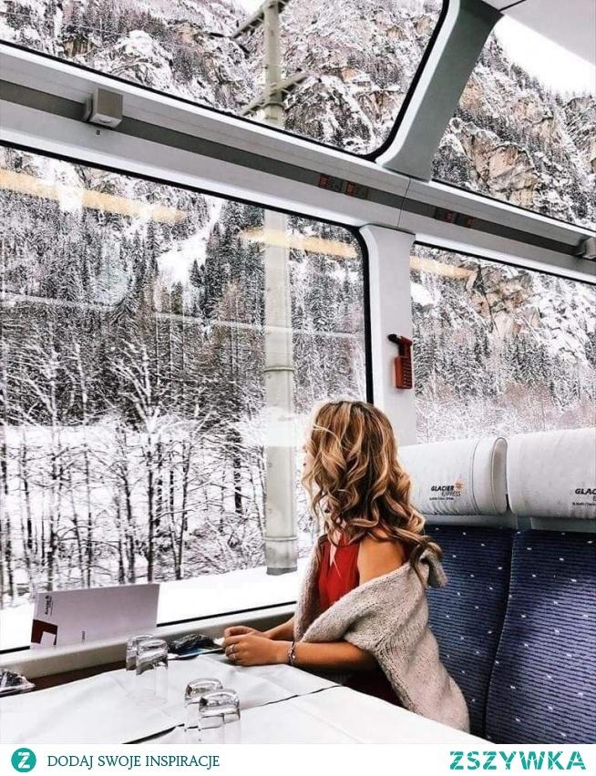 Takie pociągi to mogły by być w Polszy ^.^