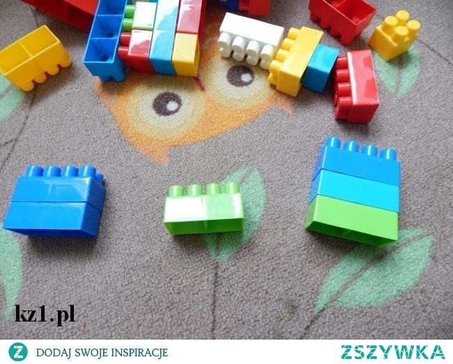 Układanie klocków i och wpływ na rozwój dziecka.