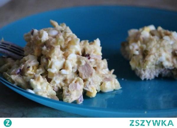 Najlepsza sałatka z jajek i tuńczyka w kilka minut
