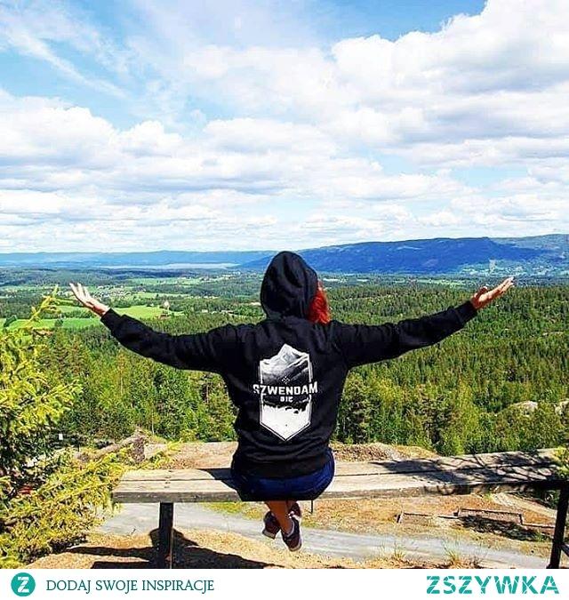 KUPON RABATOWY -10% DO WYKORZYSTANIA NA STRONIE SZWENDAMSIE. PL: ZSZYWKA Agnieszka podziwia norweski krajobraz, dzięki @miszczuzua :) #norwegia #norway
