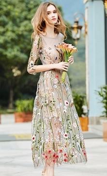 Sukienka boho z haftowanymi...