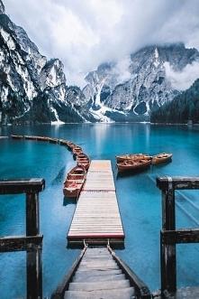 Pragser Wildsee - jezioro w...