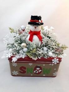 Dekoracja snow z bałwankiem...