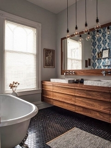 Drewno w łazience <3
