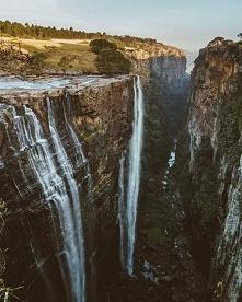 Wodospad Magawa w Afryce Po...