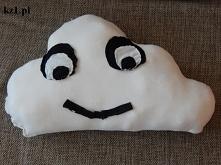 Poduszka w kształcie chmurki.