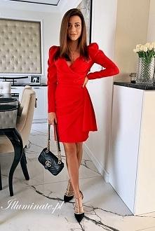 Czerwona sukienka na święta...
