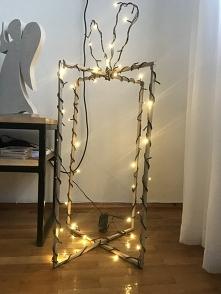 Sprzedaż własnoręcznie robionych prezentów wraz z lampkami. Koszt 49,90.