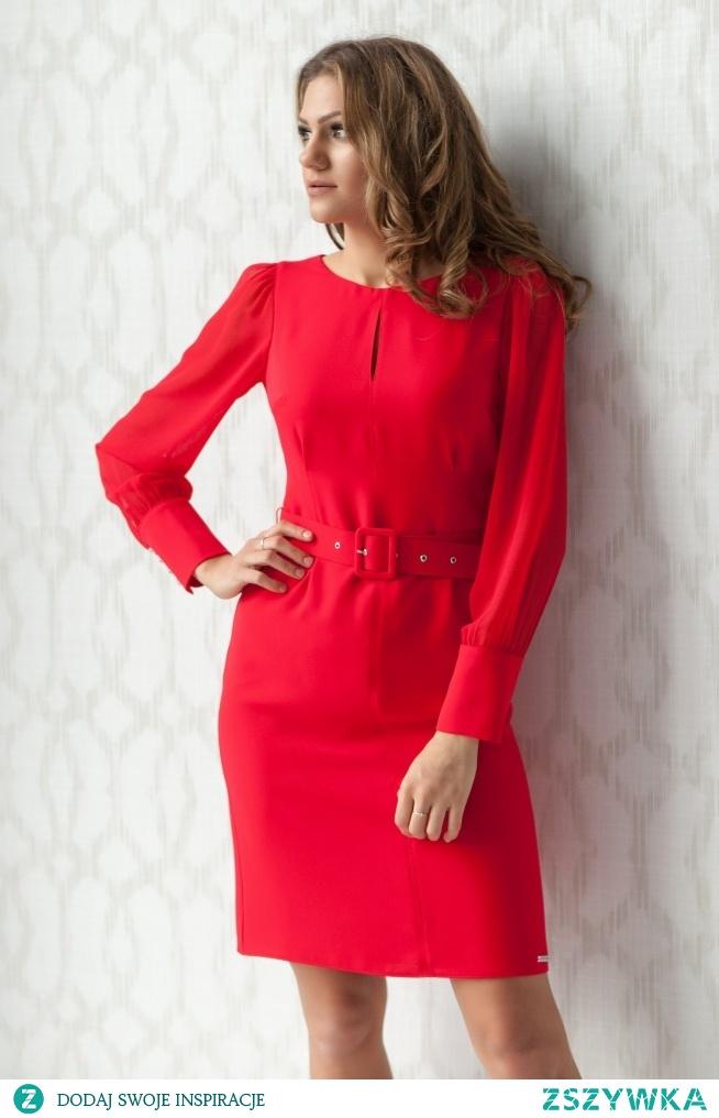 Piękna głęboka czerwień to kolor, który kochają kobiety