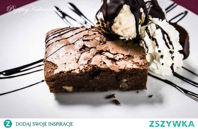 Ciasto czekoladowe z orzechami Oli