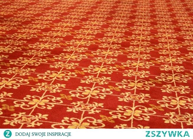 Dywany to dobra rzecz na wnętrze. Miła i przyjemna odmiana dla każdej podłogi.