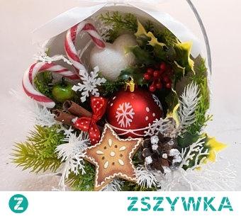 dekoracja świąteczna z pierniczkiem