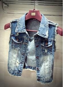 Modna jeansowa kamizelka z ...