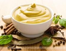 Sos z cytryny na żółtkach