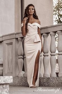 Wieczorowa sukienka z kolek...