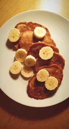 Placki bananowe: 3 banany r...