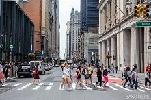Ciekawostki o Nowym Jorku. Ile ludzi przychodzi na Times Square w sylwestra? ...