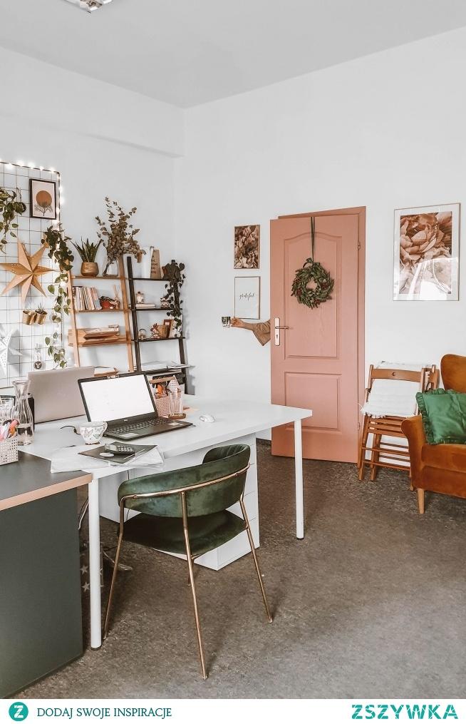 Nasze biuro w świątecznych dekoracjach - jak Wam się podoba? :)  Wyjątkowe dodatki do wnętrz znajdziecie na Nasze Domowe Pielesze