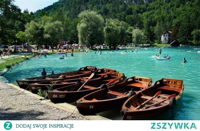 Camping Słowenia Zachodnia to miejsce na mapie świata, które nie może przejść Twojej uwadze! Zapoznaj się z ofertą dostępną na wyszukiwarce Lux Camp i zobacz, co czeka na Ciebie na miejscu!