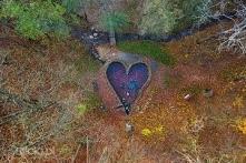 Źródło św. Eliasza (woj. małopolskie) - Źródełko nazywane jest potocznie Źródłem Miłości, a w oryginale Źródłem św. Eliasza. Źródełko uratowało św. Eliasza przed suszą, którą ze...