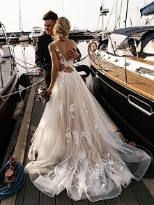 suknia mgiełka
