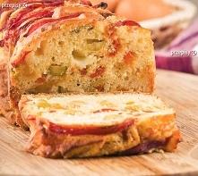 Ciasto z kawałkami rabarbaru