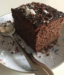 Czekoladowe brownie z czerw...