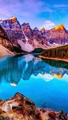 Krajobraz z Kanady, jezioro...