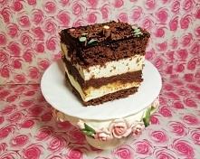 Ciasto Kukułka BISZKOPT CIEMNY: 6 jaj 1szkl. mąki 1szkl. cukru 1,5 łyżeczki proszku do pieczenia 1czubata łyżka kakao BISZKOPT JASNY : 4 jaja pół szkl. mąki ziemniaczanej pół sz...