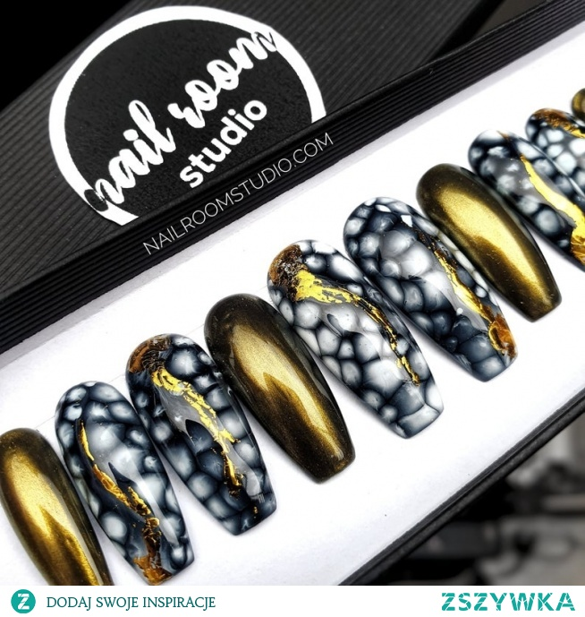 paznokcie press on nailroomstudio.com by Iga Otczyk - Instagram @nailroomstudio #pressonnails #nailspoland #paznokciepresson #nailsdid #customnails #fauxongles #nailroomstudio