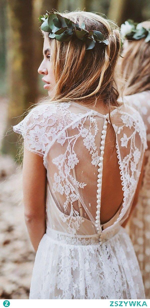 suknia w stylu rustykalnym