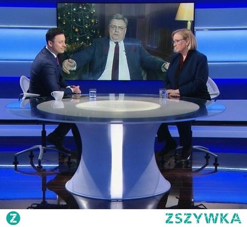 """Europoseł PiS Kosma Złotowski przekonywał , że większość europosłów chce """"odsunąć od władzy polski rząd"""". Po raz drugi dostaliśmy samodzielną większość w Sejmie  z powodu tego, że zapowiadaliśmy reformę sądownictwa, że je zaczęliśmy w poprzedniej kadencji i dokończymy w tej niezależnie, od tego, czy ktoś z zagranicy będzie nam dyktować czy też nie - powiedział Kosma Złotowski. Jak ocenić ton i... postawę przed kamerą i polskim obywatelem? Klasa panów... ze słomą w kamaszach"""