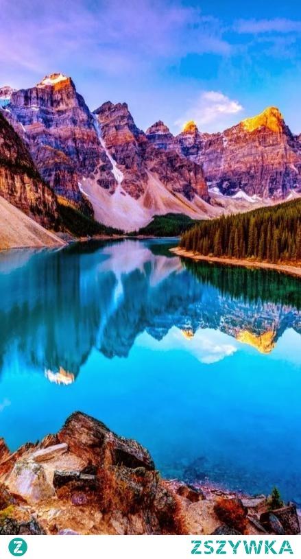 Krajobraz z Kanady, jezioro Moraine