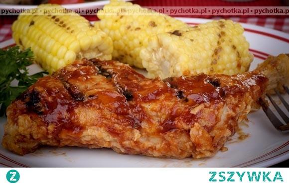 Udka kurczaka w czerwonym sosie
