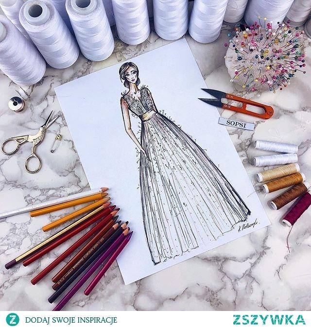 Indywidualny projekt sukni z plisowanego tiulu w groszki z naszywanymi piórami #sopsi #sopsifashion #dress #dresslover #szycie #sewing #project #fashiondrawings #illustration #illustrator #woman #girl #wedding #eveningdress #promdress #weddingdress #draw #sewingblogger #lovesewing #summer #fashionillustrated #fashionblogger #fashionista #fashionsketch #sukniaślubna #wesele #designer #szycienamiare #czestochowa