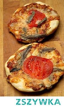 Mini pizze z anchois