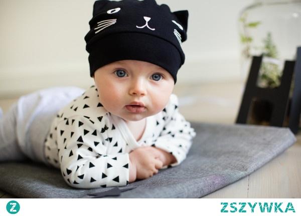 Sprawdzone i praktyczne ubranka niemowlęce
