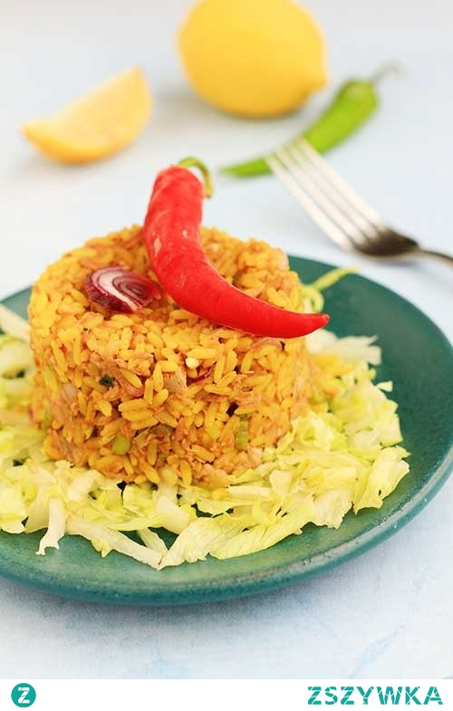Ryż smażony z tuńczykiem