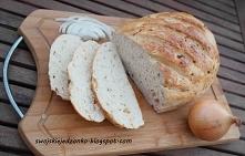 Chlebek cebulowy