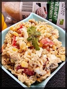 Sałatka ryżowa z kurczakiem...