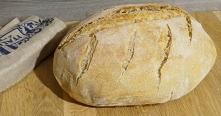 Chleb pszenny na zakwasie z garnka 4.8 / 5 ( 17 votes ) Wspaniały przepis na domowy chleb pieczony w garnku żeliwnym. Chleb wychodzi puszysty i pachnący z delikatnym środkiem i ...