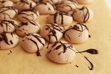 Bezy czekoladowo-rumowe z c...