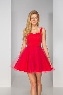 Sukienka tulla czerwona to ...